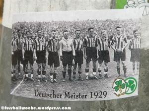 """Aufkleber """"Deutscher Meister 1929"""" (Fürth)."""