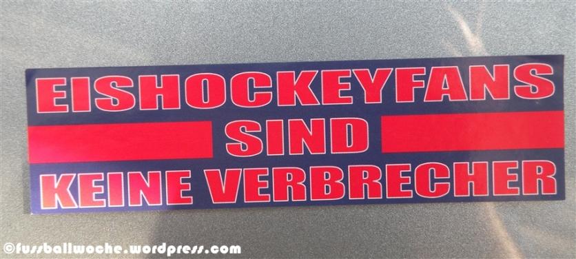"""Aufkleber """"Eishockeyfans sind keine Verbrecher"""""""